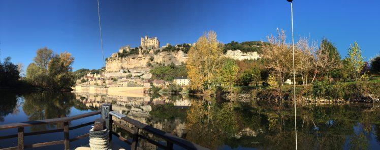 Film magique du château de Beynac … filmé depuis le ciel…