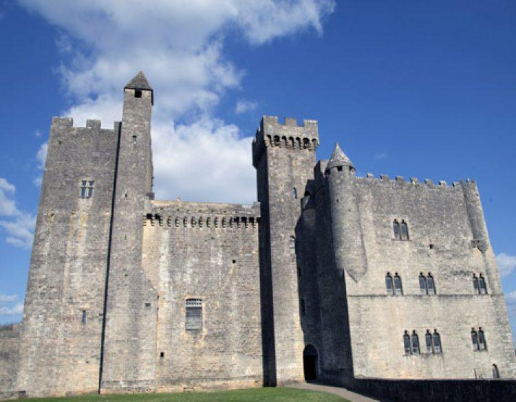 Château Beynac de Face